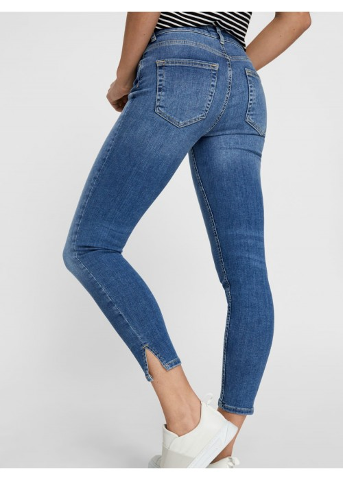 Jeans abertura lateral
